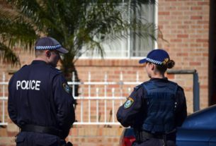 australia-police-arrested-two-people-for-founding-ISIS