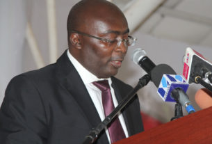 Mahama-Out-Of-The-Driver's-Seat-mahamudu-bawumia